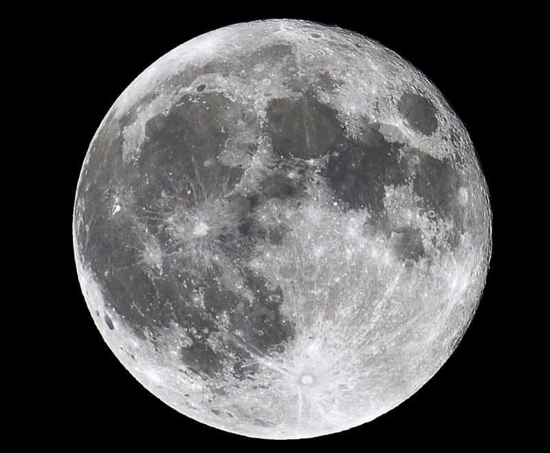 中秋の名月(スーパームーン)を撮影  —15.9.28—